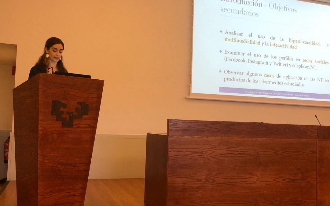 La professora Mònica Puntí presenta una comunicació al XI Congrés Internacional de Ciberperiodisme de Bilbao